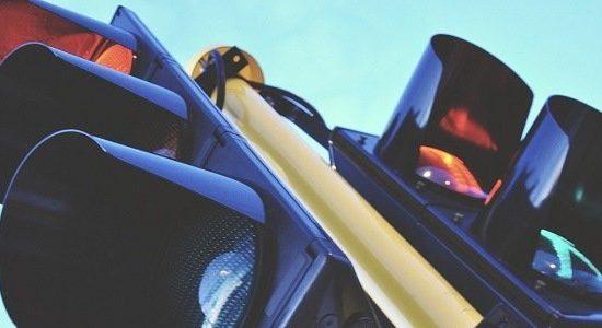Rote Ampel überfahren: Folgen eines Rotlichtverstoß